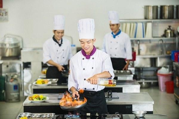 Khóa học nấu ăn sơ cấp