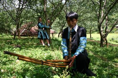 """Phiên """"chợ tình"""" của người Mông"""