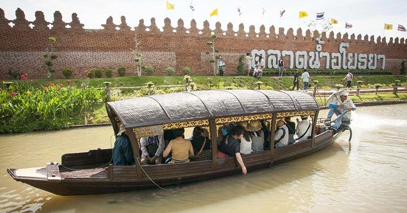 Ayutthaya Floating Market - Chợ nổi địa phương ở Ayutthaya