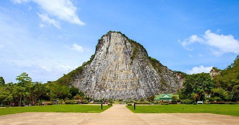 Núi Khao Chee Chan - Ngọn núi có khắc hình phật khổng lồ