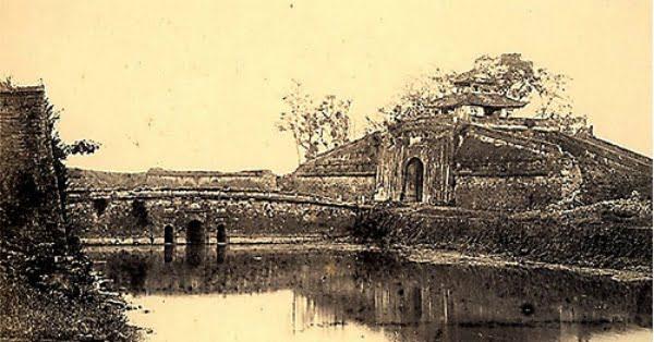 Thuyết minh bằng tiếng Anh về Hoàng Thành Thăng Long