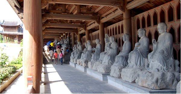 tượng phật chùa Bái Đính
